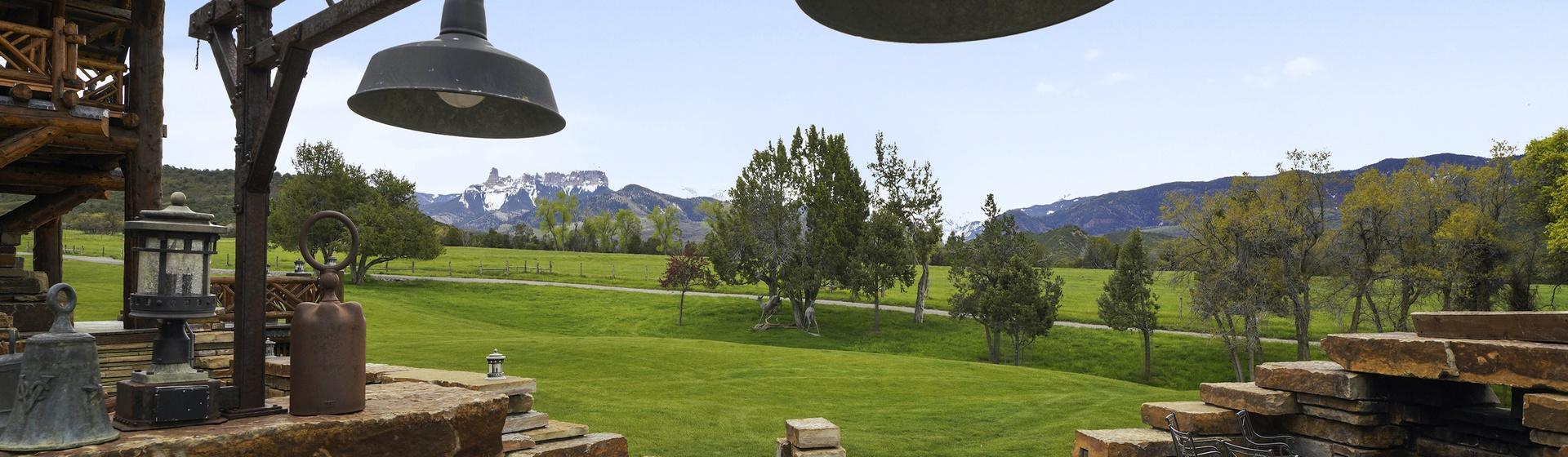 12.4-Telluride-Sleeping-Indian-Ranch-stone-terrace-overlook-web.JPG