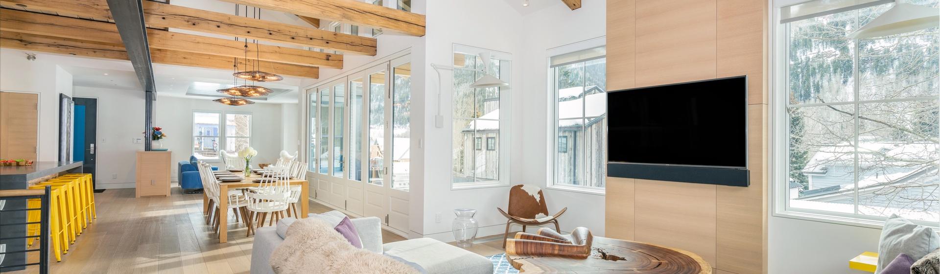 5-Telluride-The-Sunnyside-Living-West-to-Dining-Web.jpg