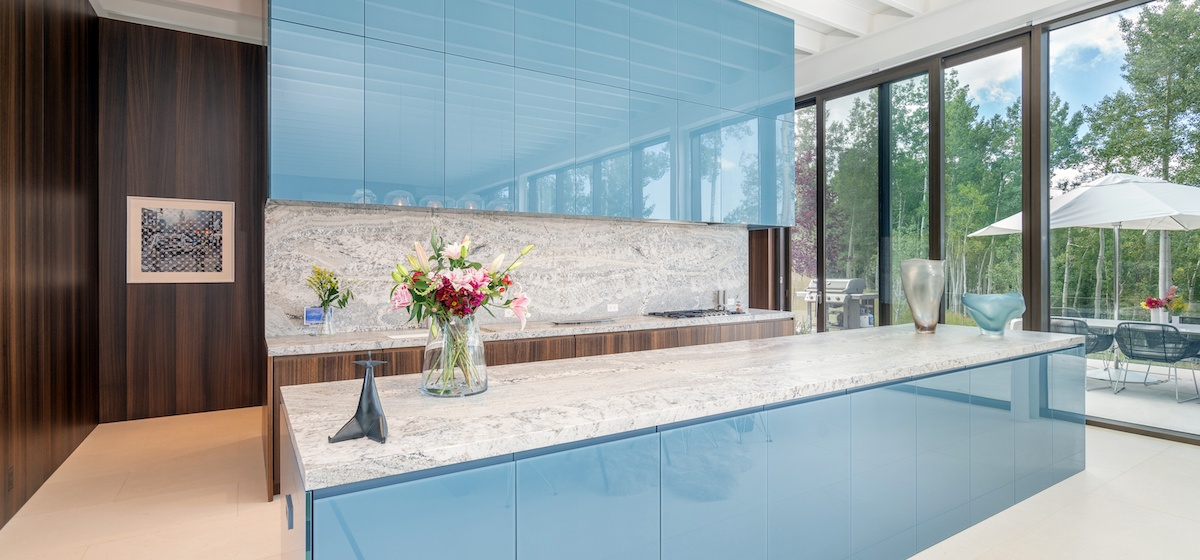 1.07-telluride-mountain-masterpiece-kitchen-V12.jpg