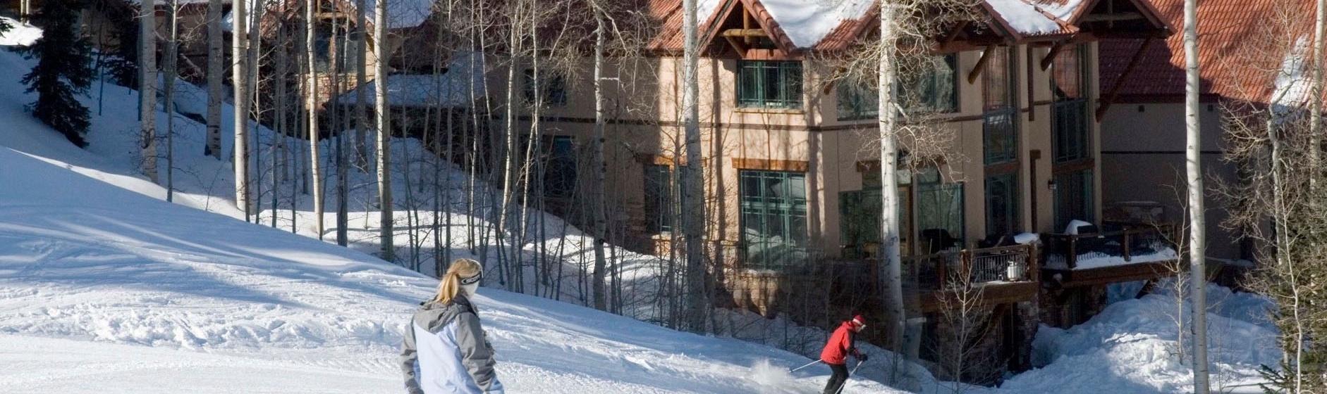 1-MountainVillage-PineMeadows138-SkiAccess-V12.jpg