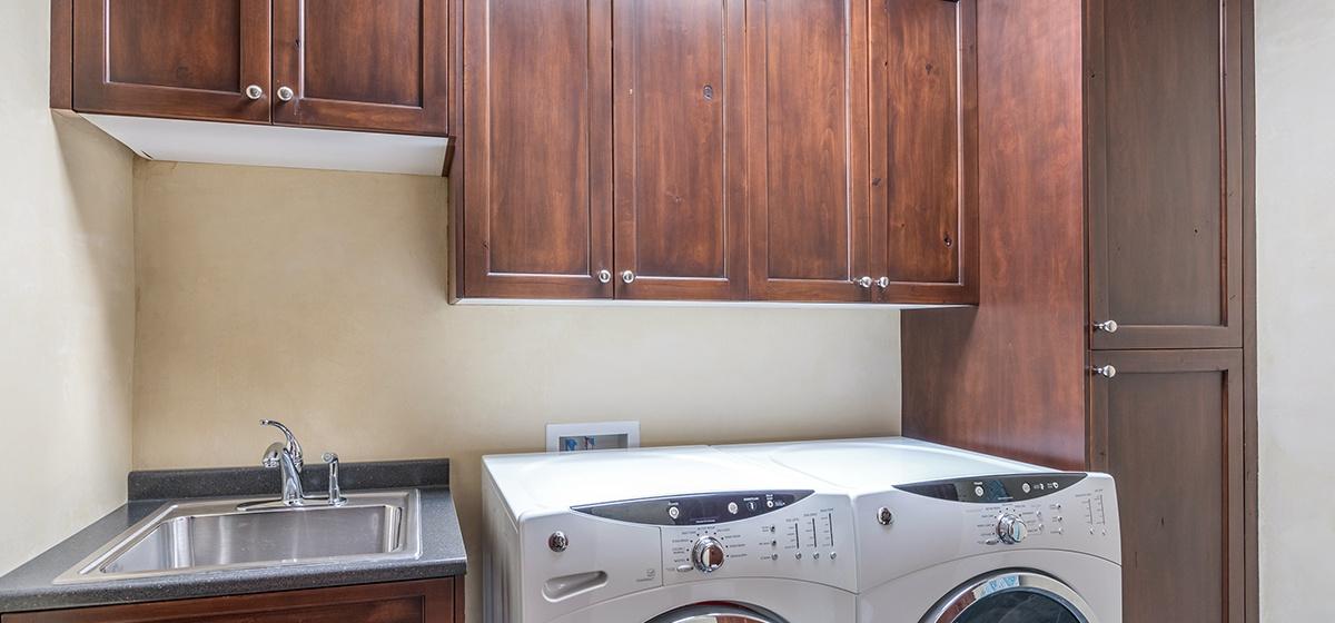 17-Telluride-ProspectFalls-Laundry.jpg