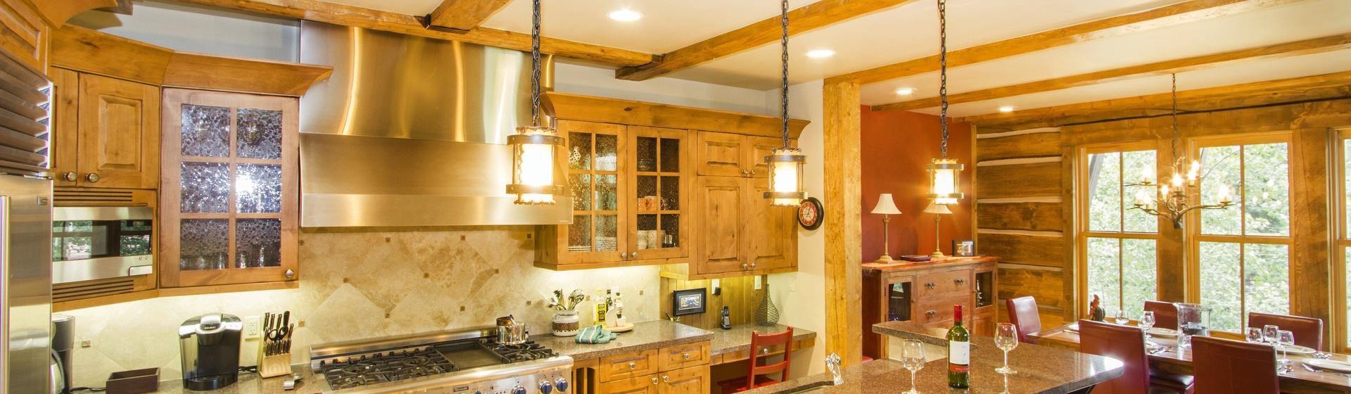 5-MountainVillage-ElkstonePlace1-Kitchen-Web.jpg