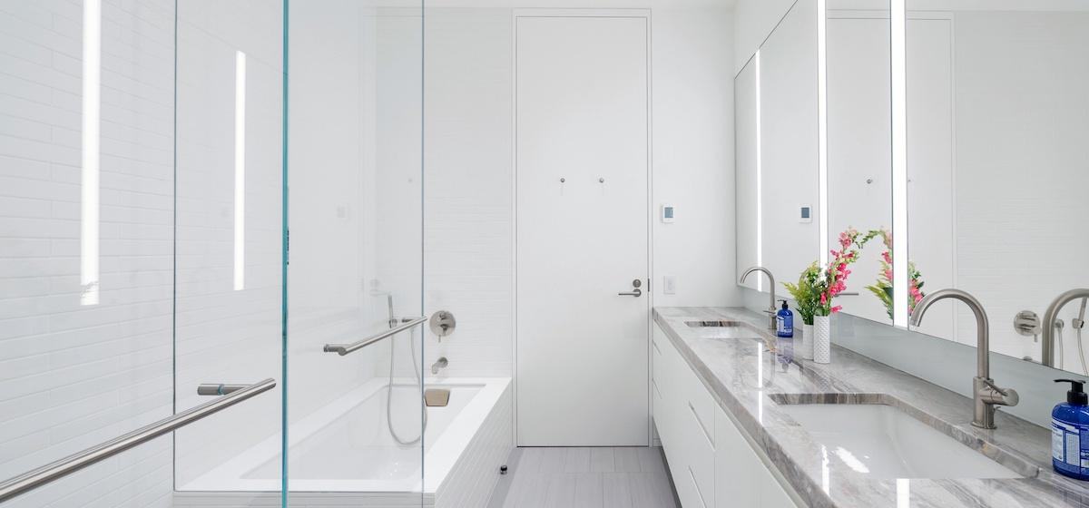 2.12-telluride-mountain-masterpiece-master-bathroom-5a-V12.jpg