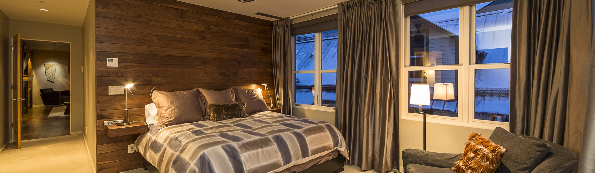 26-Telluride-Trulux-Penthouse-MasterBedroom.jpg