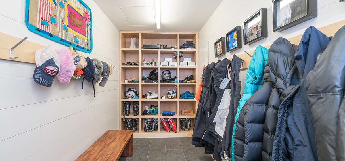 26-Telluride-Happy-Thoughts-Mud-Room-v12.jpg