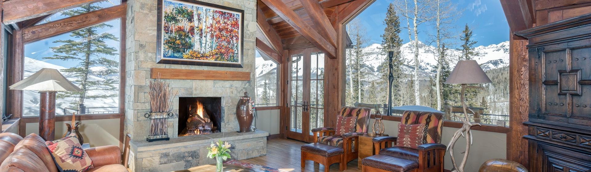 2-Telluride-Stonegate-Living-Room-View-Web.jpg