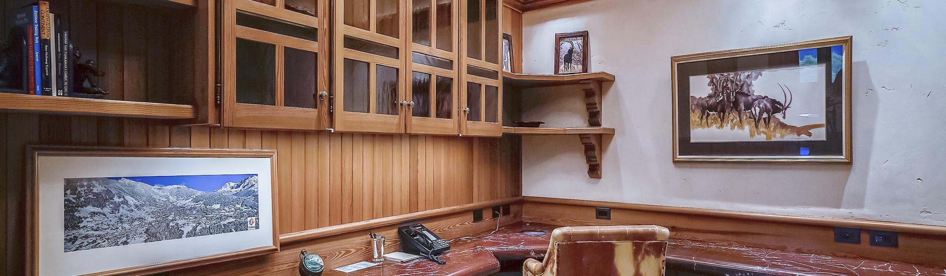 9.4-Telluride-Sleeping-Indian-Ranch-Swiss-Suite-Office-web.JPG