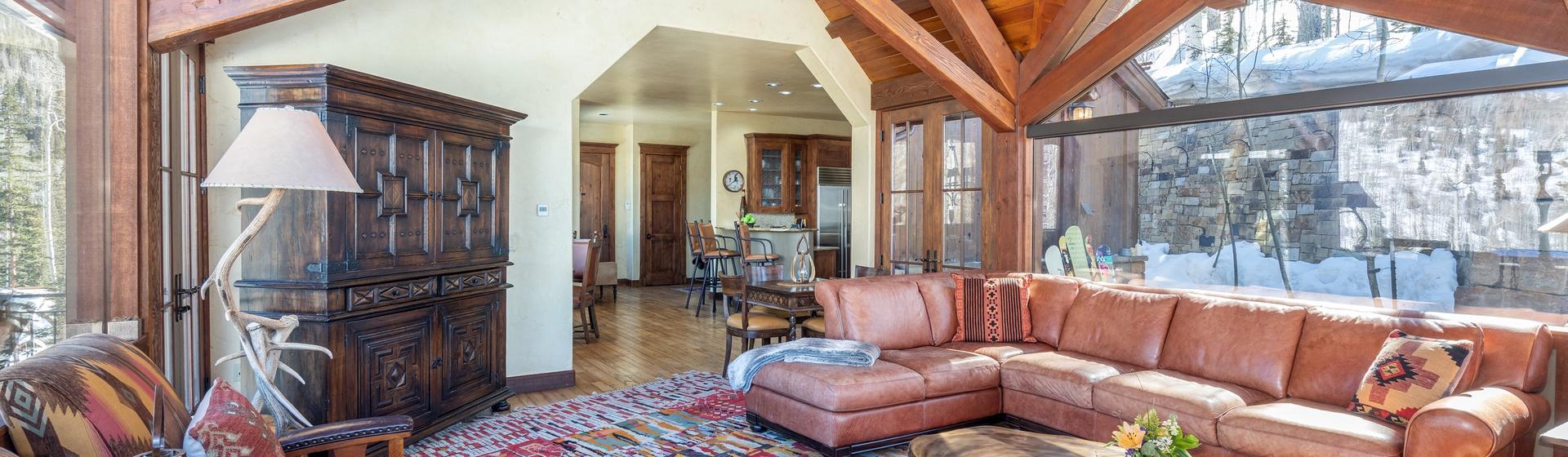 3.5-Telluride-Stonegate-Living-Room-Reverse-Web.jpg