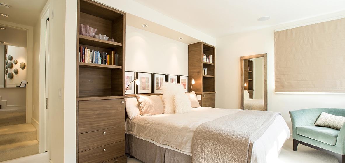 15-Telluride-Meribel-Penthouse-Master-Bedroom-v12.jpg