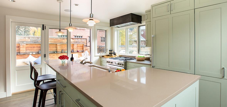 10-Telluride-Meribel-Penthouse-Kitchen-Bar-v12.jpg