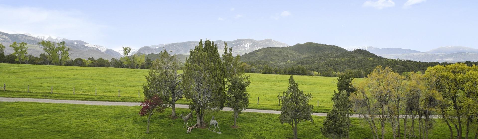 13.7-Telluride-Sleeping-Indian-Ranch-view-web.JPG