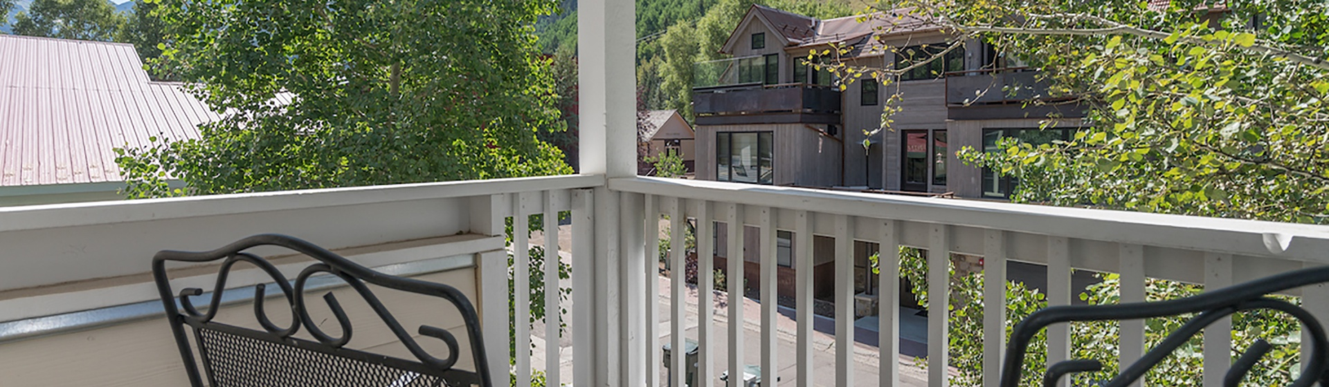 3.02-telluride-south-pacific-new-master-bedroom-private-balcony-v12-Web.jpg