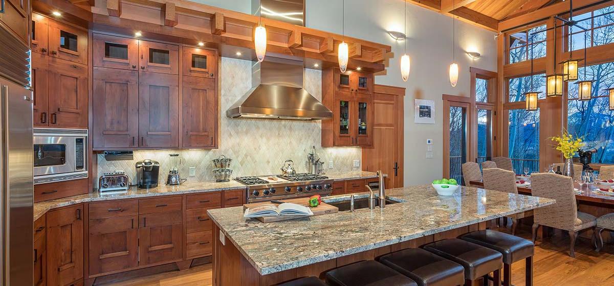 4-Telluride-Grand-Vista-Kitchen-Angle-LR.jpg