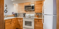 Nice open kitchen with plenty of space fro making your favorite food