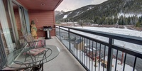 Upper level balcony overlooking the amazing keystone lake