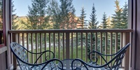 Relax on the balcony and enjoy the beautiful mountain sunsets or sunrises