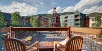 Sunny deck with a amazing view of Keystone