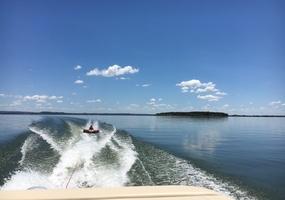 Lakefront Cabin 05