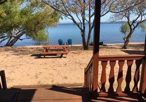 Lakefront Cabin 08