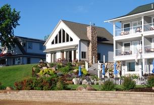 Lakeside Cottage Rental   Gull Lake MN   Quarterdeck Resort