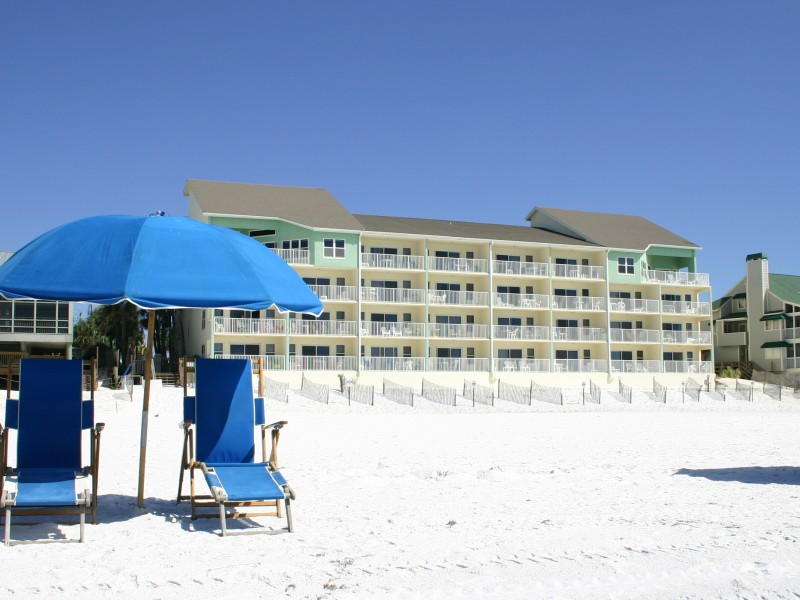 Cabana club southern vacation rentals for 9 bedroom rental destin florida
