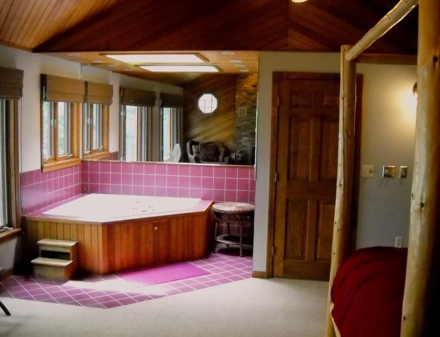 11 jacuzzi bath.jpg