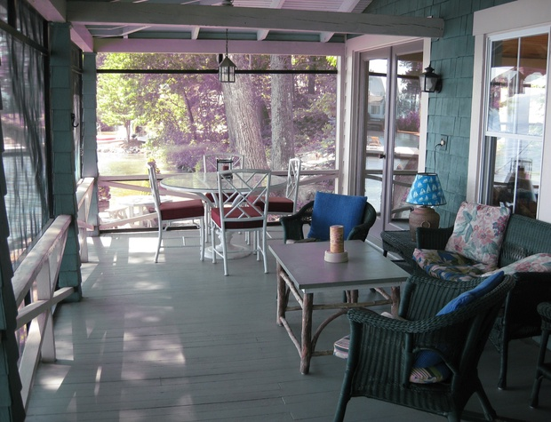 Screened Porch #2.JPG