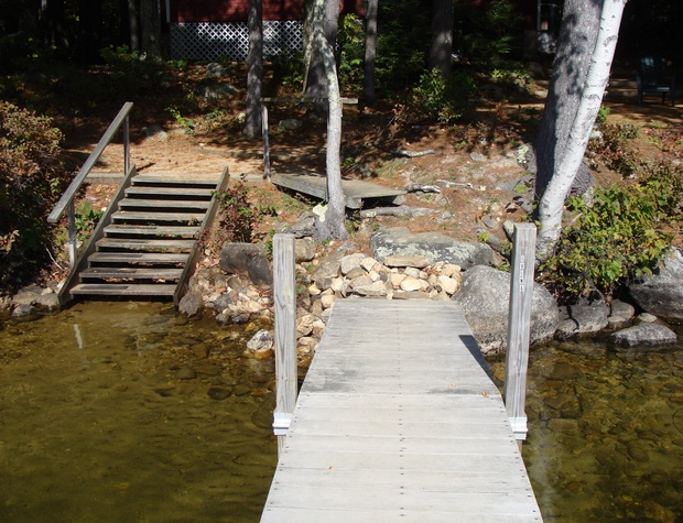Dock and stairway into lake.JPG