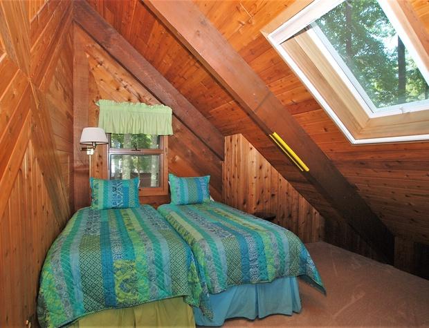New bedroom 4.JPG