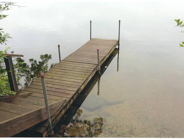 ext dock.jpg