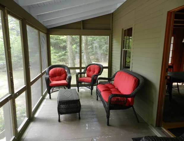 updated_screened_porch.jpg