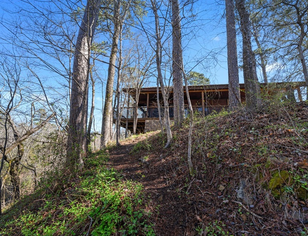 Looking over the Cliff at the Glover River from the Luxury of your porch.