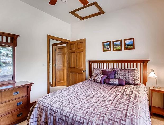 F5 Bedroom 2a.jpg