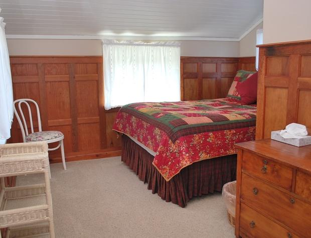 Bedroom 6 Upstairs
