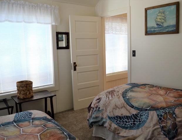 Twin Bedroom (BR5)