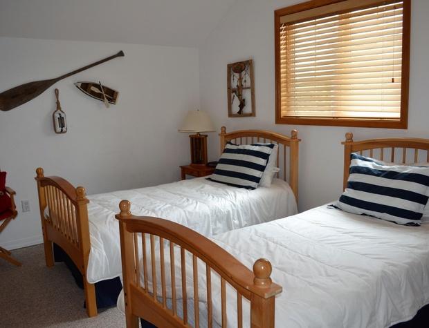 Upper floor twin room