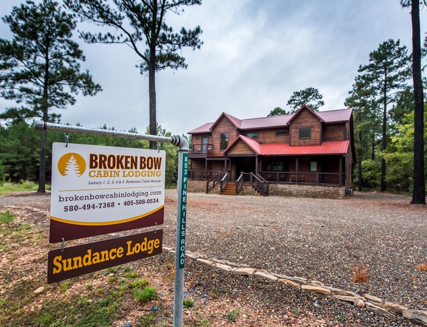 SundanceLodge.BrokenBow3
