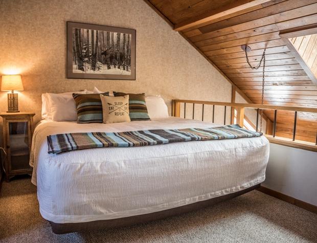 CH 518-4-Bedroom1-1.jpg