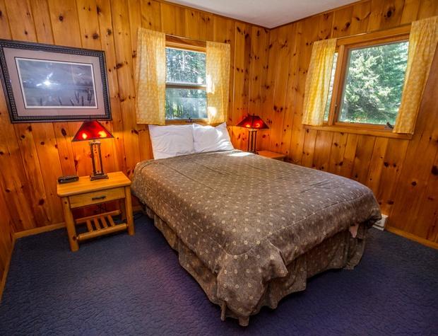 GrandVu-4-Bedroom1-1.jpg