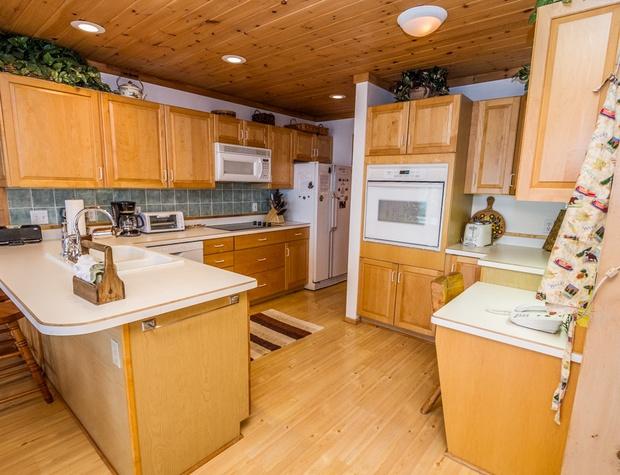 BayBreeze-3-Kitchen1.jpg