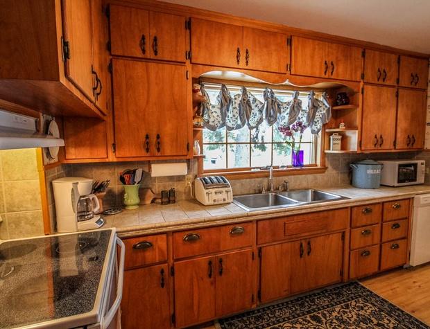 SuperiorOverlook-4-Kitchen3.jpg
