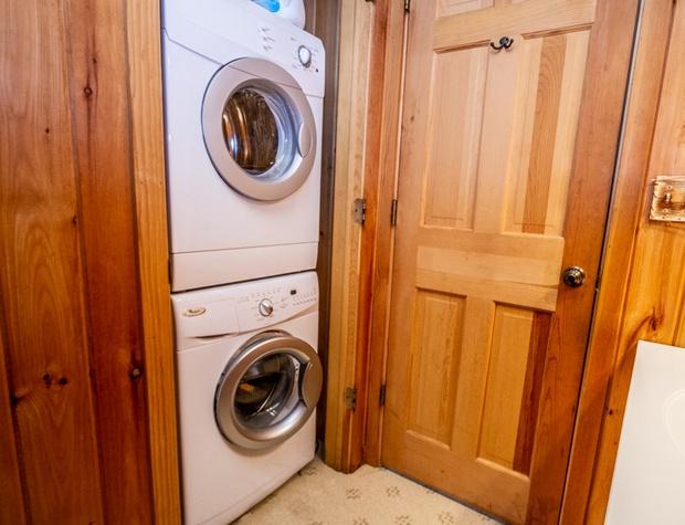 WearingWater-5-Bathroom2.jpg