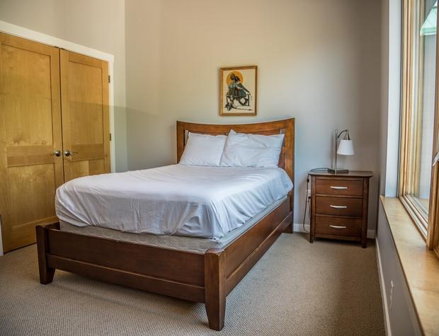 Aspenwood6540-4-Bedroom1-2.jpg