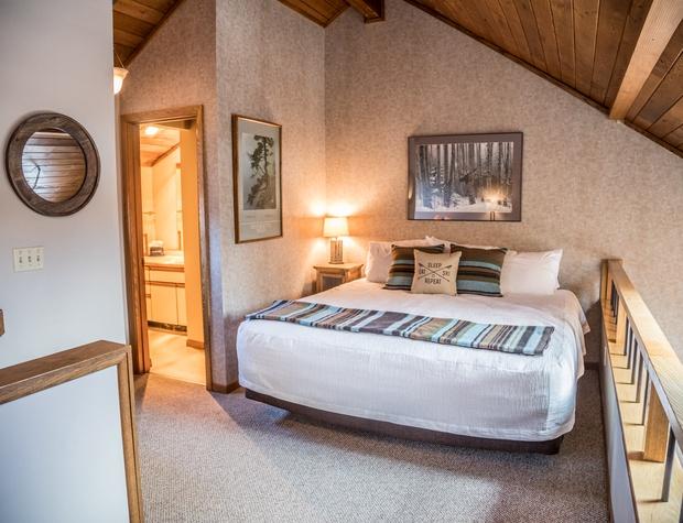 CH 518-4-Bedroom1-2.jpg