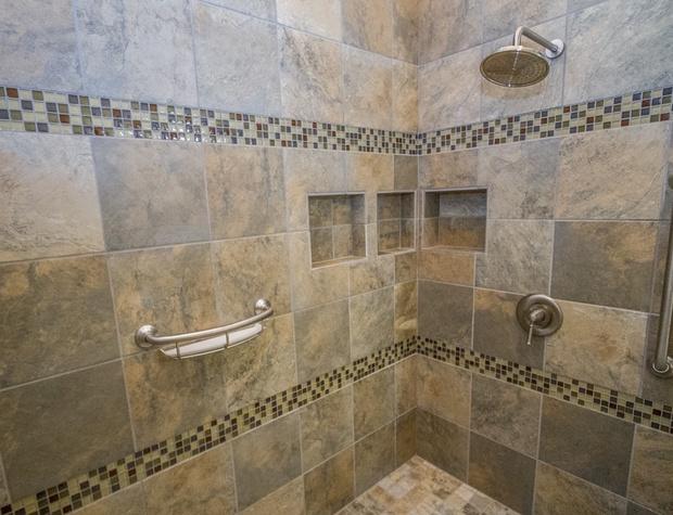 Roundhouse-6-Bathroom2.jpg
