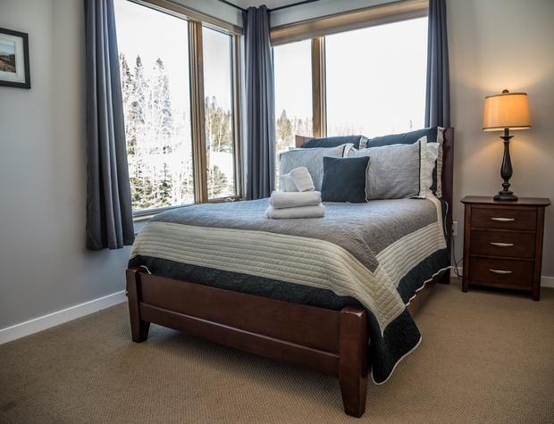 Aspen6538-4-Bedroom2-1.jpg