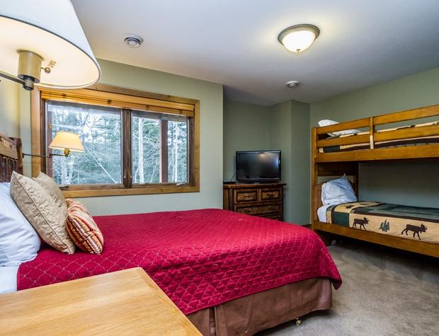 CH542-4-Bedroom2-2.jpg