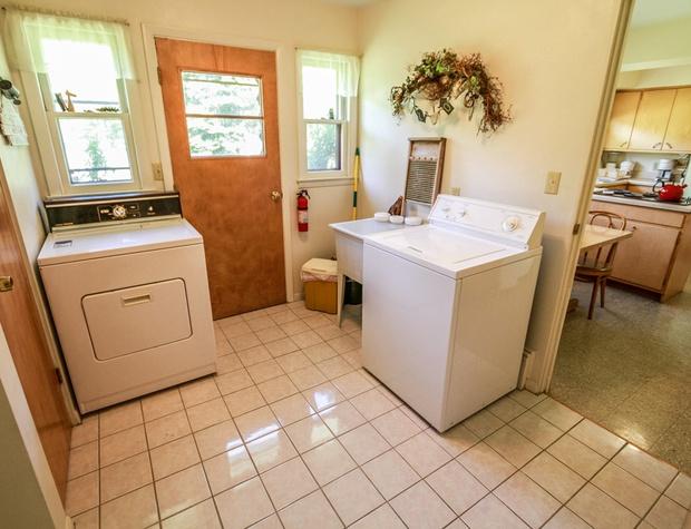 Parkview-6-LaundryRoom.jpg