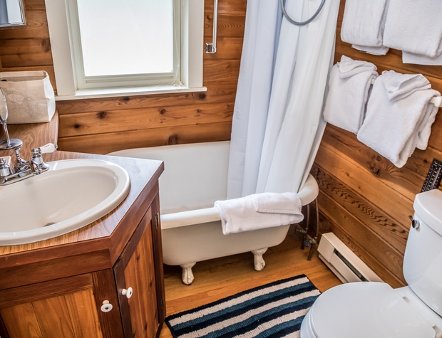 Voyageur-5-Bathroom1.jpg