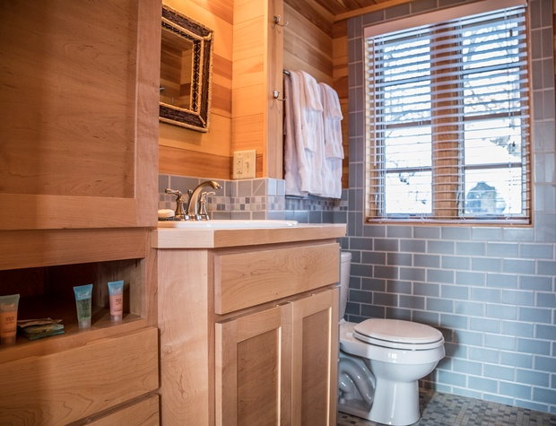 GM House of Light-5-Bathroom1.jpg